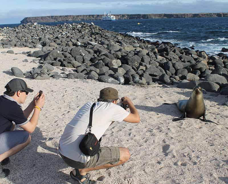 Galapagos Land of the Incas Cruise-Tour. Ecuador.