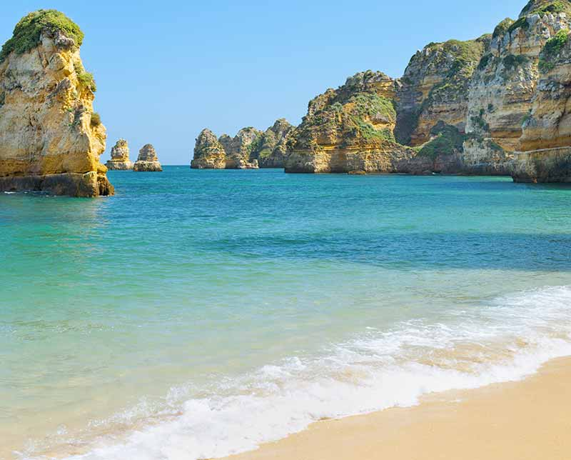 Vac-Hosted-The-Treasures-of-Portugal-800