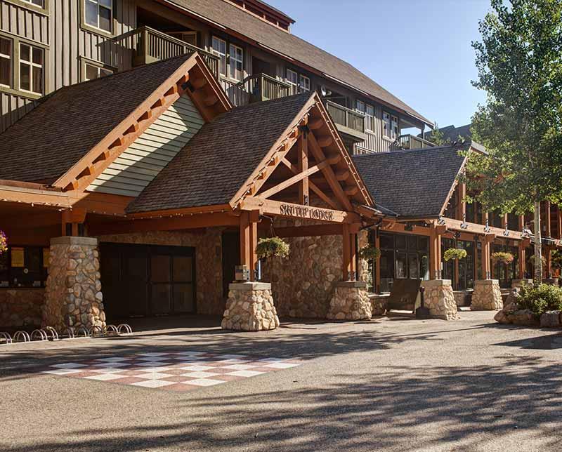 Ski Tip Lodge. Panorama, BC.