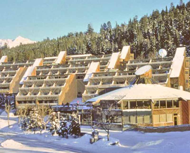 Ski-AB-Banff-and-Lake-Louise-Inns-of-Banff-800