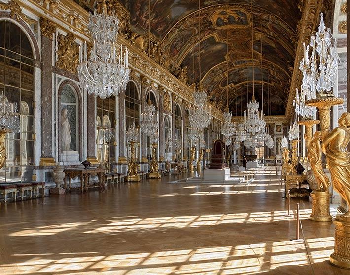 Contiki-10-Heritage-Chateau-Versailles