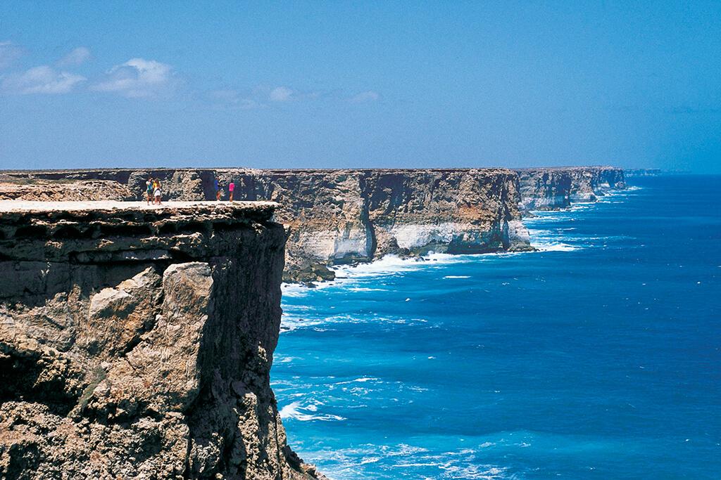 Nullarbor_Links_Great_Australian_Bight_Cliffs