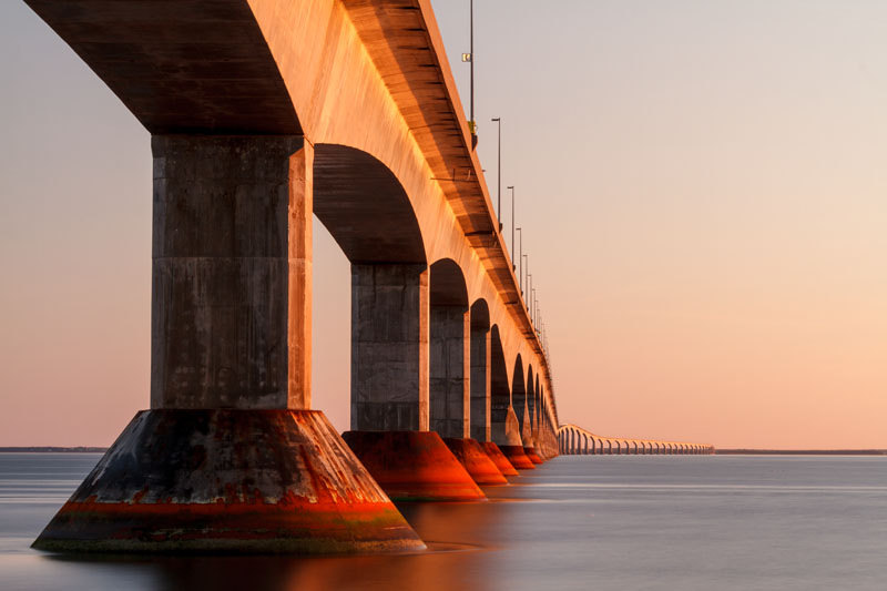 Confederation Bridge links Prince Edward Island to New Brunswick