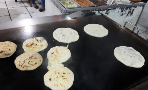 Pupusa's on the grill – San Salvador