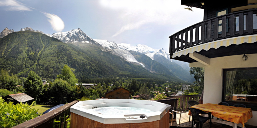 Chalet Chantel, jacuzzi with a view. Courtesy Exodus Travels
