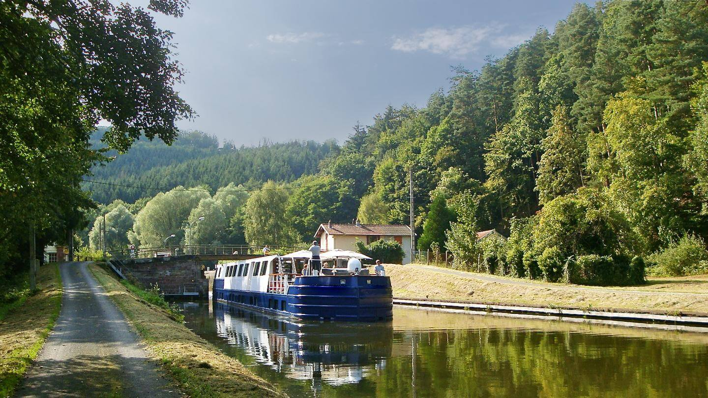 BURGUNDY RIVER CRUISE