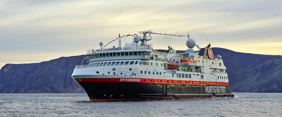 Circumnavigating-Spitsbergen